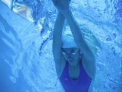 שחייה בסגנון חתירה